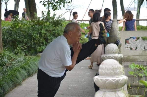 Offenbar kann man auch im fortgeschrittenen Alter noch beweglich sein
